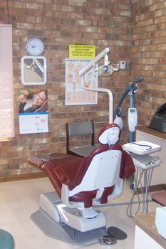Dental Implants Listing